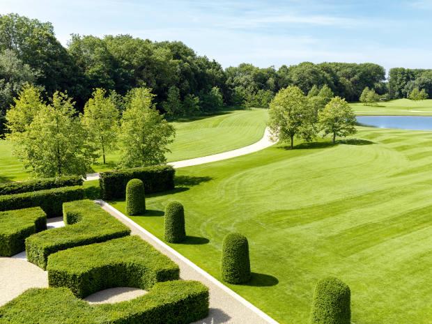 Hamilton's Grade II-listed formal gardens and parkland weredesigned byChelsea Flower Show goldmedallist Christopher Bradley-Hole