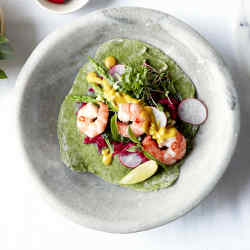 Prawns with spinach, taco and tahini turmeric sauce