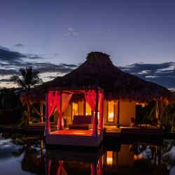One of El Secreto's five lake villas