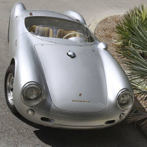 Front view of a 550 from 1955