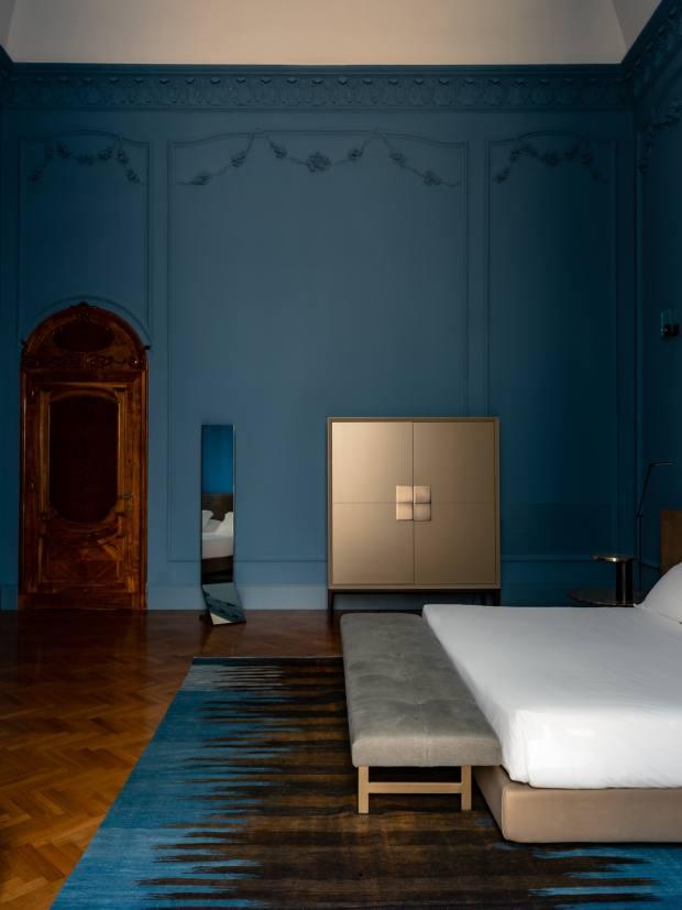 The Blue Room, Palazzo Bozzi Corso