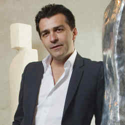 Yannick Alléno in the atelier of sculptor Laurence Bonnel.