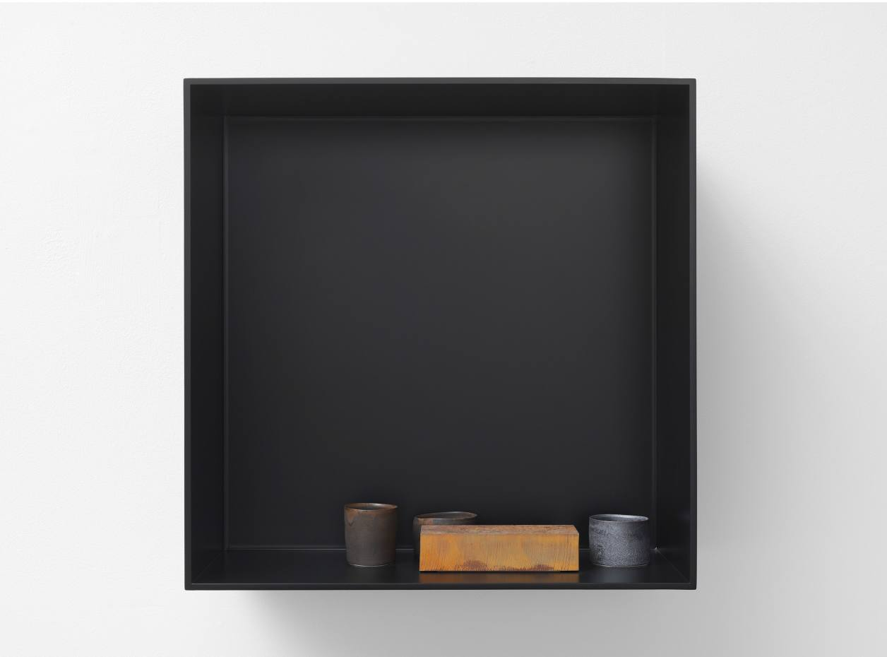 Edmund de Waal the ten thousand things, for John Cage, X, 2015