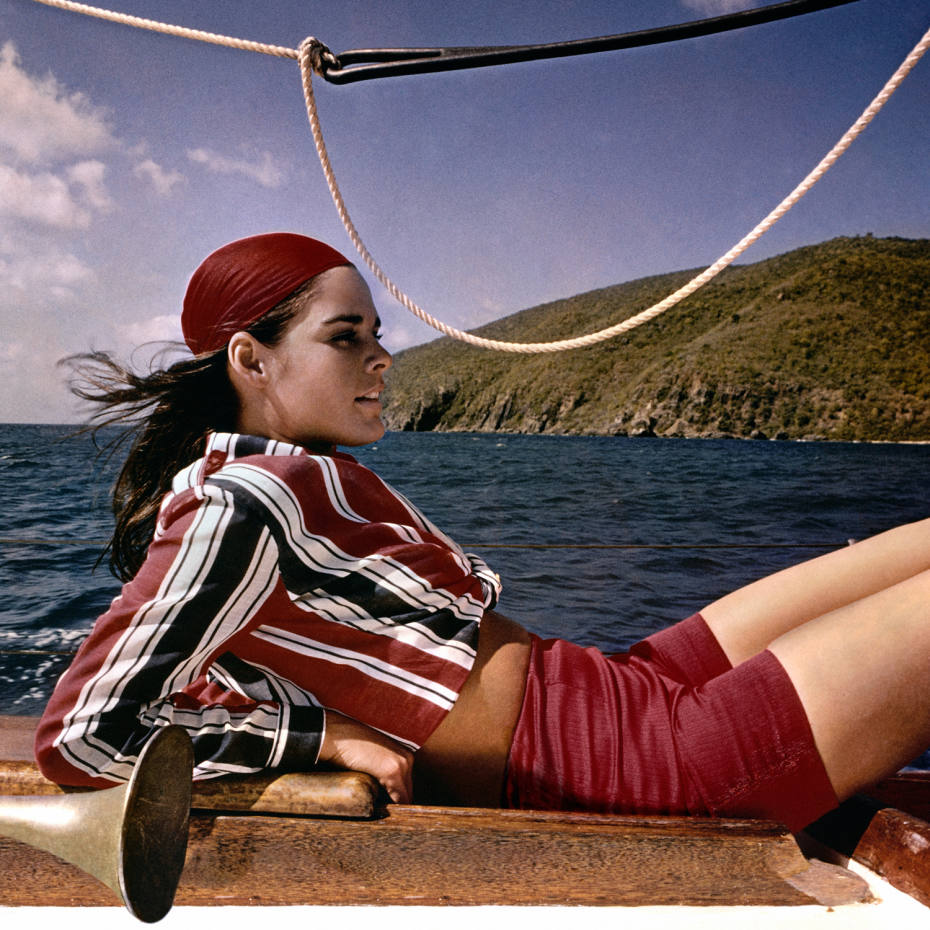 Ali MacGraw sailing in 1967
