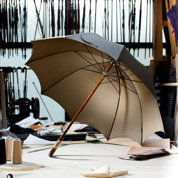 Derby umbrella with a solid wood shaft and natural horn ferrule, from €490