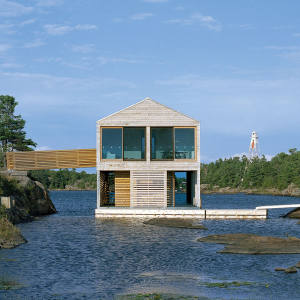Floating house in Georgian Bay, Lake Huron, Ontario, designed by MOS