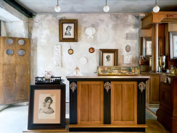 The café-bar in Buly 1803's Marais store