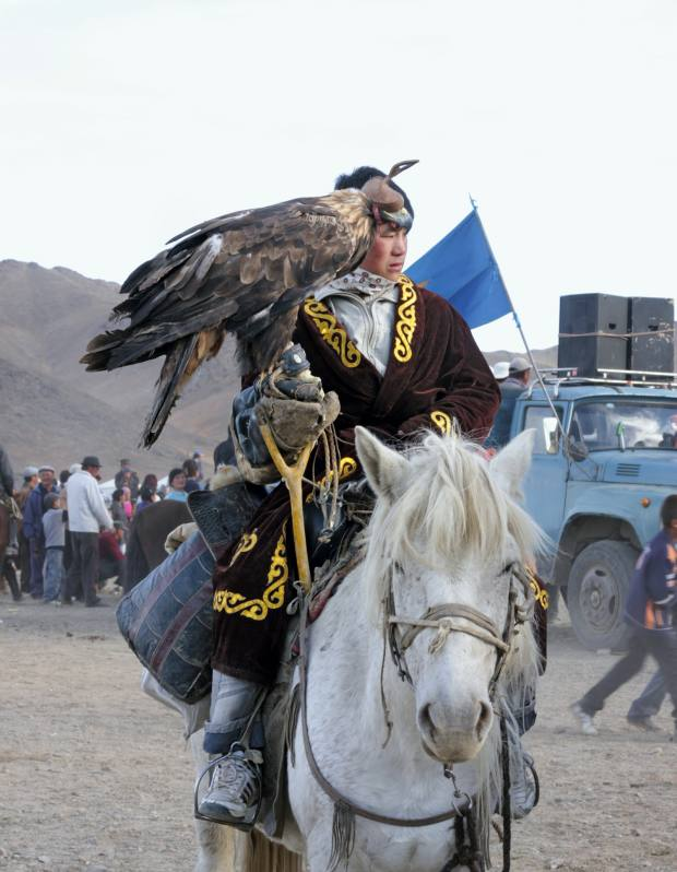 A hunter competing at the eagle festival.