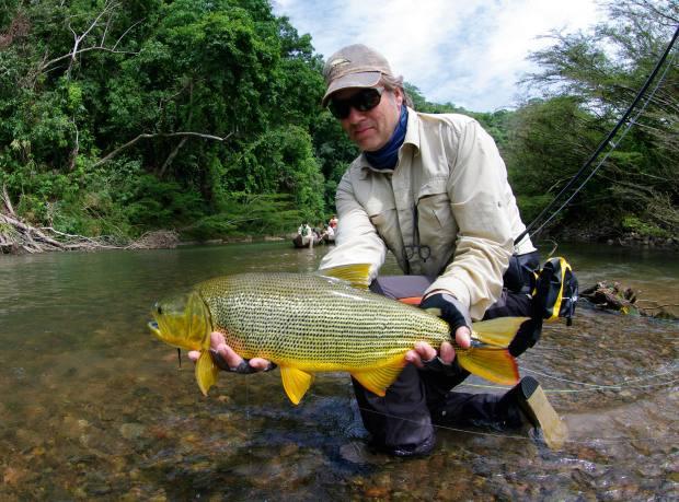 The author with a golden dorado on the upper Río Sécure