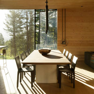 The oak framed dining area at Teton House, a family bolthole in Wyoming