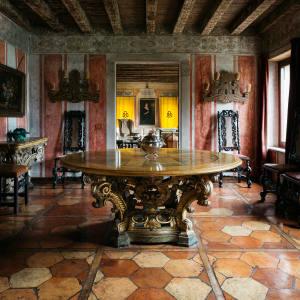 The villa's dining room