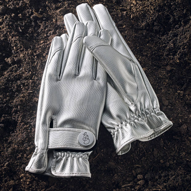 Silverbullet synthetic leather gardening gloves, €55