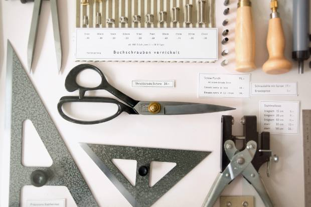 The stock includes German bookbinding scissors, from €30