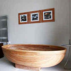 Soaking tub at Estancia Vik