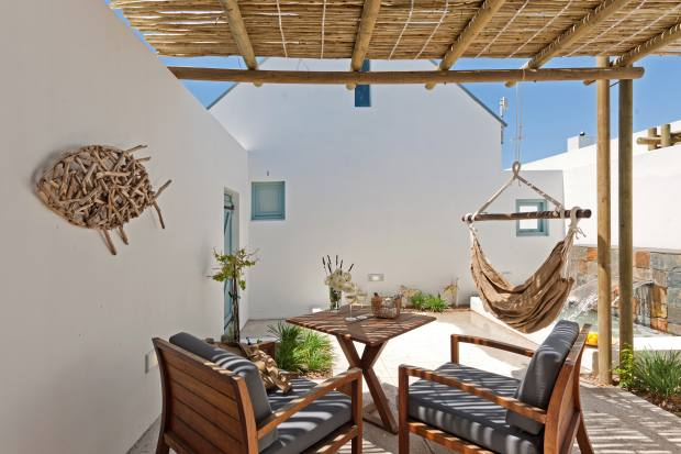 Strandloper has 14 suites and rooms with private terraces