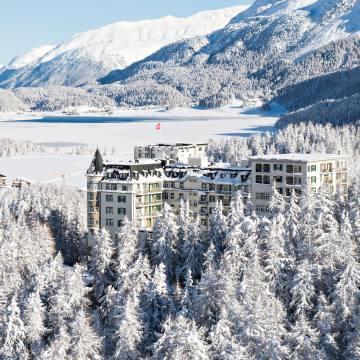 Waldhaus Sils hoteloverlooks the pretty village of Sils-Maria