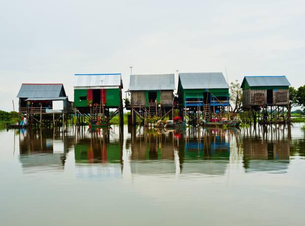 Kampong Khleang floating village