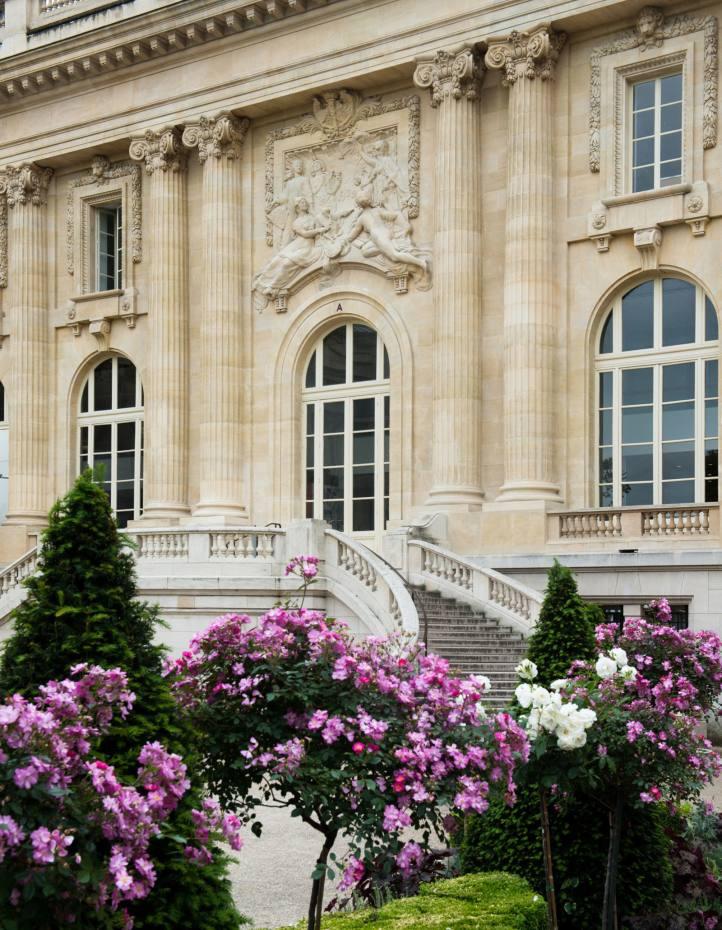 Square Jean Perrin at the Grand Palais