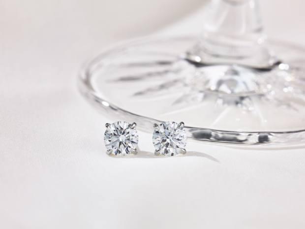 Joy earrings by Bucherer Fine Jewellery
