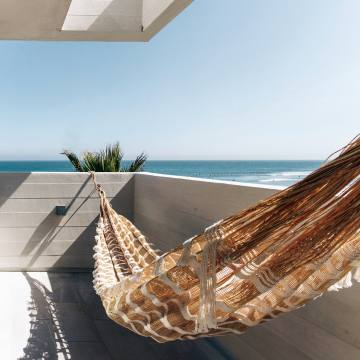 The Surfrider in Malibu has hammocks on its balconies, which offer stunning ocean views