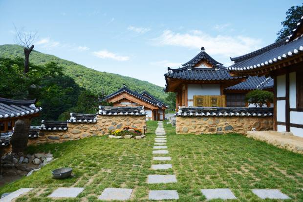 The enchanting Korea Palace hotel is set in rural isolation, 15 minutes' drive from the main skiing resorts