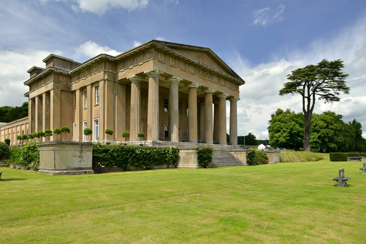 The Grange resides on the banks of the Candover Brook in the bucolic surroundings of Hampshire