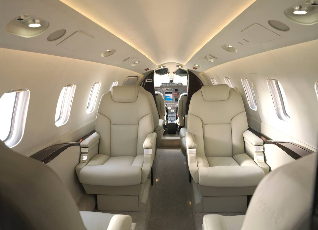 The planes offered through Lynjet guarantee customers serenity and reliability with certificates of airworthiness and extensive insurance