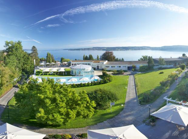 The view over the clinic's garden to Lake Constance