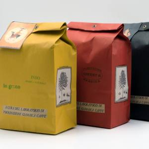 Gianni Frasi flame-roasted beans cost from€37.82 per kg