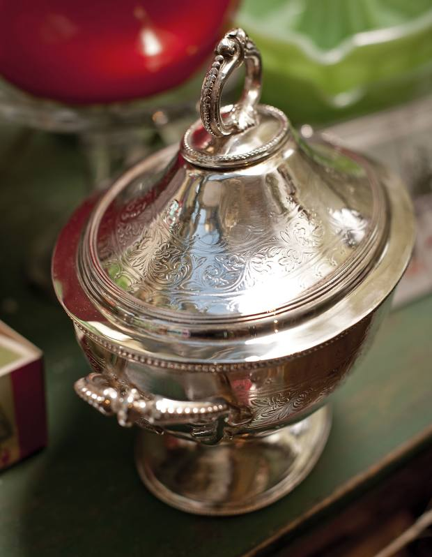 c1880 silver-plate tureen from the Victoria Hotel in Bradford, England, $395.