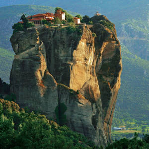 Dramatic clifftop monasteries are a star feature of walks in Metéora, Greece