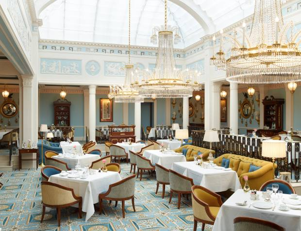 The elegant dining room at The Lanesborough on Hyde Park Corner