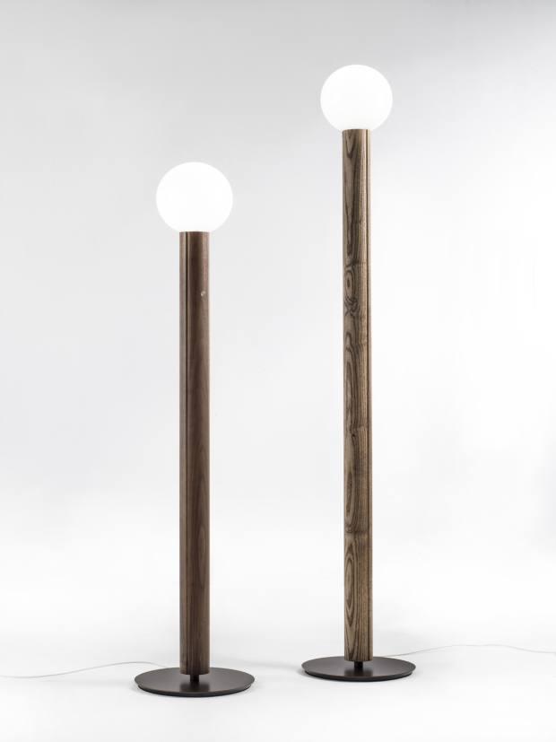 Porada's Lum lamp