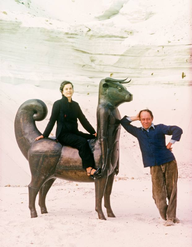 Claude and François-Xavier Lalanne in 1976 with his 1970 iron Le Minotaure