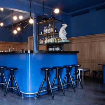 Buzzy bar Centralserves up classic cocktails with a twist