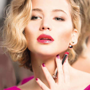 Jennifer Lawrence wearing Dior Addict lipstick in Be Dior, £26.50