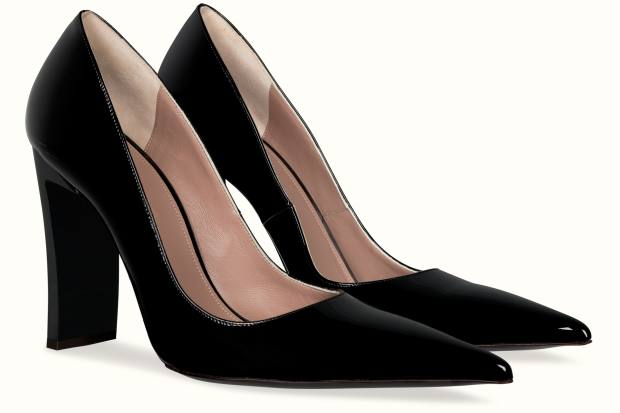 Fenty pointed-toe power point pumps 105, £530