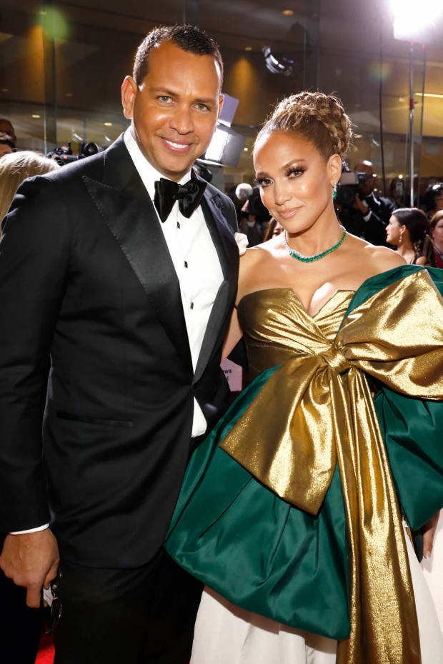 Alex Rodriguez and Jennifer Lopez, in Harry Winston, at the 2020 Golden Globes