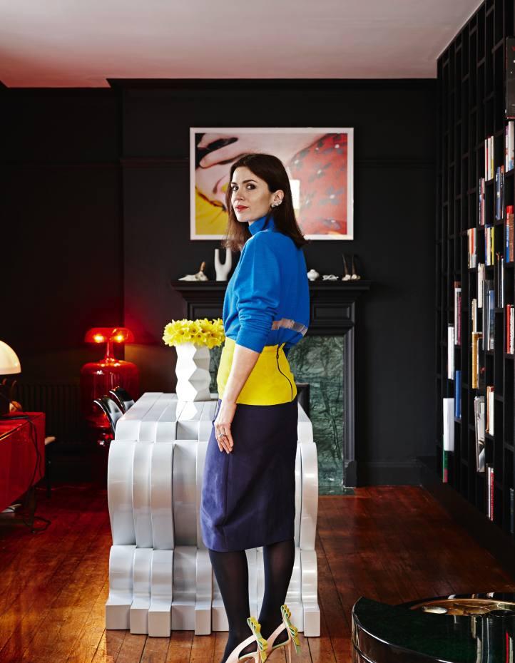 Lara Bohinc at home