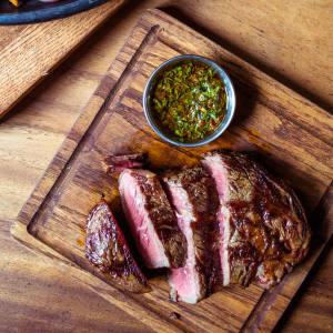 Quinto La Huella's entrecôte spread
