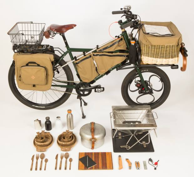 Chef Hugh Fearnley-Whittingstall's Forager Bike includes a full camp kitchen