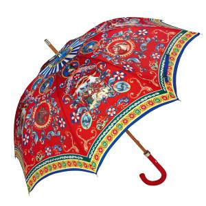 Dolce & Gabbana Carretto parasol in cotton, £550. Also with blue handle