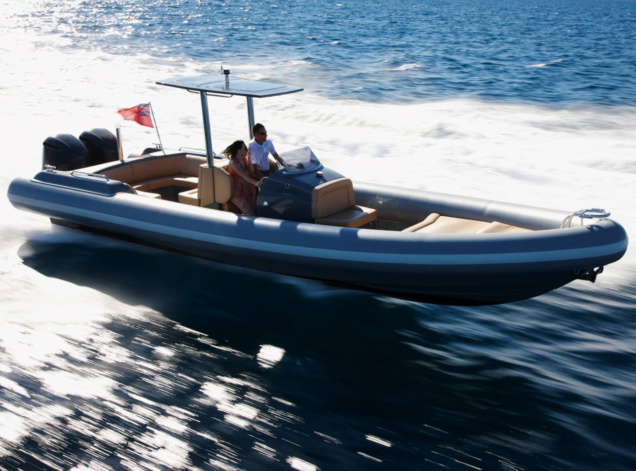 The Hunton 1005 leaves the previous generation of rigid inflatable boats bobbing in its wake (£202,800).