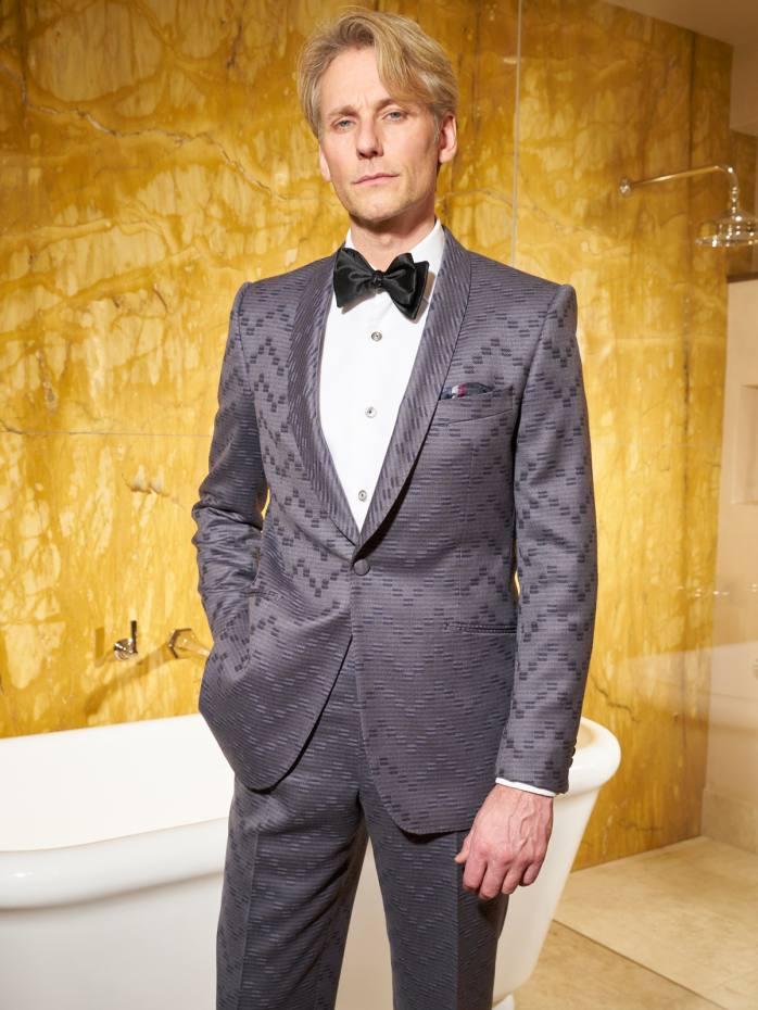 Dashing Tweeds merino-wool suit, £1,150