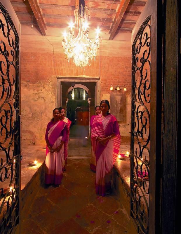 Guests are welcomed at the entrance to Rajbari Bawali