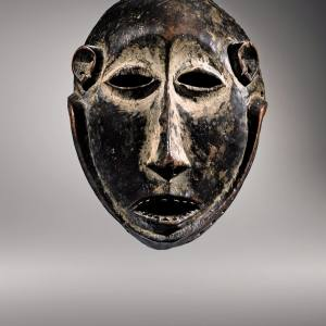 Lega Muminia mask from the Democratic Republic of Congo, sold for €3.6m at Sotheby's Paris