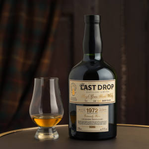 Lochside Single Grain 1972 whisky has notes of nectarine and wet bracken