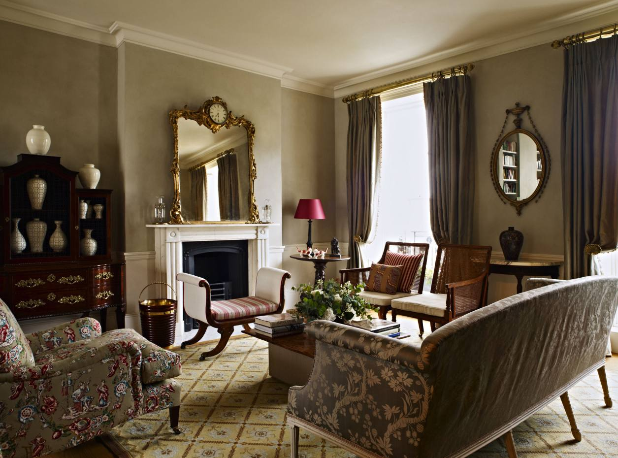 A drawing room in London furnished by Max Rollitt.