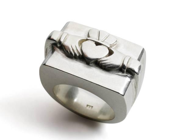 John Rocha's version of the Claddagh ring.