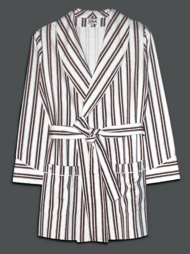 Smoking jacket with feather stripes and piping, €242